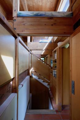 Schon in der kompakten Eingangssituation erschließt sich der Erlebnisraum. (© M PS)
