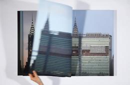 Katharina Gaenssler: UN 242, 2010 ∕ 2012. Buchobjekt, 68 × 51 × 4 cm; 242 Fotografien, 242 Seiten