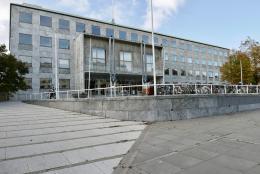 Rathaus in Aarhus von Arne Jacobsen (© MPS)