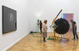Thomas Feuerstein, Futur II, Praesens, Gadget, 2013/2016 (c) Foto: Günter Richard Wett