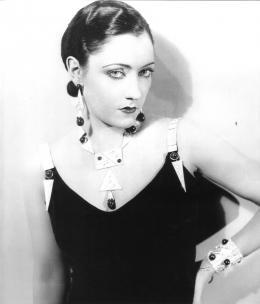 René Hubert, Filmkostüm für Gloria Swanson in The Love of Sunya, US 1927, Museum für Gestaltung Zürich, Kunstgewerbesammlung © Anonym