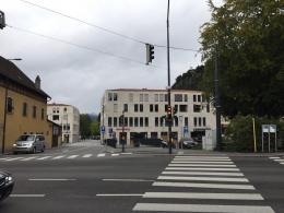 Vertaner Auftakt zu einer Fußgängerzone (© M PS)