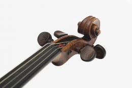 Jakob Stainer, Detail der Violine, Absam 1682; TLMF Musiksammlung Inv. Nr. M/I 230  © TLM
