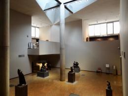Der lichtdurchflutete zentrale Ausstellungsraum (© MPS)