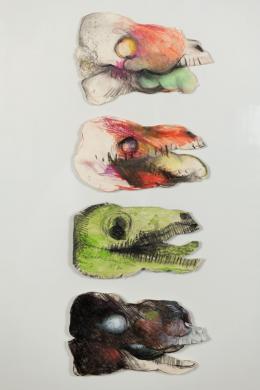Anton Christian, Vier verrottende Schweinsköpfe, 1970, Bleistift, Pastell laviert und ausgeschnitten, 80 x 60 cm (Gesamtmaß) © Anton Christian, Foto: Martin Vandory, Innsbruck