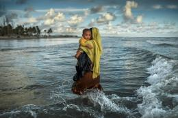 """Internationaler Wettbewerb """"Unicef-Foto des Jahres"""", Bangladesch: Der Exodus der Rohingya, K. M. Asad, 2017, 2. Preis © 2017 K.M. Asad. All Rights Reserved, Zuma Press"""