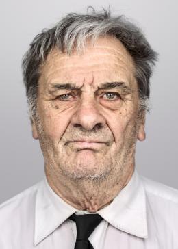Fritz Probst, 1931 in Bern geboren, wurde mit 10 Jahren zu einer Bauernfamilie in Rapperswil und später als Knecht an mehrere Stationen verdingt. Fotografie: Peter Klaunzer 2018