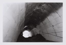 Stollen Gusen Innenansicht, undatiert / Tunnel in Gusen, internal view, undated s/w Fotografie / b/w photo Photo © mumok Museum moderner Kunst Stiftung Ludwig Wien, Schenkung / donation from Michael Merighi