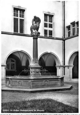 14325-14325gallusbrunnen.jpg