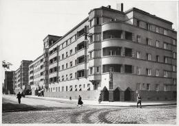 Otto Prutscher, Fassade des Gemeindebaus Lorenshof, Längenfeldgasse, Wien XII., 1927 © Archivio Famiglia Otto Prutscher, Mailand