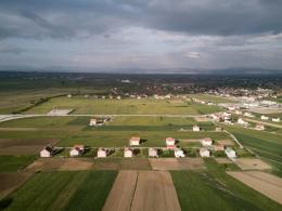Parallel Sprawl; Ferizaji, Kossovo © Kunik de Morsier