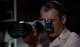 2679-267906hitchcockrearwindow.jpg