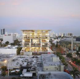 Herzog & de Meuron (Basel, est. 1978). 1111 Lincoln Road, Miami Beach, Florida, USA. 2005–2008. Exterior view. Photo © Huffton+Crow and MBEACH1, LLLP.