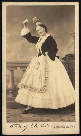 Fanny Elßler, 1870 Foto: Carl von Jagemann, Wien Theatermuseum © KHM-Museumsverband
