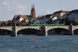 Flussschwimmen, Basel. Foto: Lucía de Mosteyrín Muñoz