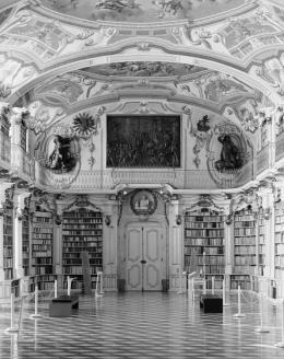 33727-33727admontbibliothek2017.jpg