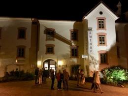 Der Amthof im Zentrum von Feldkirchen ist eine stimmige Location (© MPS)