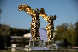 Goldene Nicas © Fotocredit: vog.photo