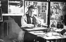 Anonymer Fotograf, Emil Pirchan in seinem Münchner Atelier, um 1912, Fotografie, 8,8 × 13,8 cm Sammlung Steffan/Pabst, ZürichFoto: Leopold Museum, Wien/Manfred Thumberger © Nachlass Emil Pirchan, Sammlung Steffan/Pabst, Zürich
