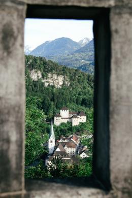Feldkirch | Blick auf die Schattenburg – © Foto: Nik Skorpic / Stadtkultur und Kommunikation Feldkirch GmbH