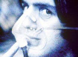 Gordon Matta-Clark Fresh Air, 1972, Video (schwarz-weiß, Ton), Sammlung Generali Foundation – Dauerleihgabe am Museum der Moderne Salzburg © Generali Foundation / Bildrecht, Wien, 2019, Foto: Werner Kaligofsky
