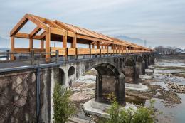 Shimen Bridge, Shimen Village; Photo: Wang Ziling