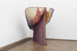 "Installationsansicht, Blick auf Rosemary Mayer, ""Galla Placidia"", 1973, Kunsthalle Basel, 2020. Foto: Philipp Hänger / Kunsthalle Basel"