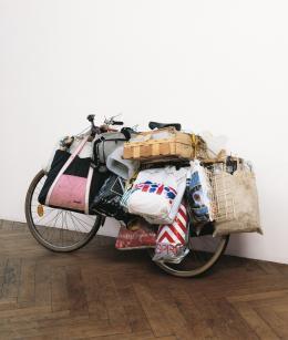 "Andreas Slominski, ""Ohne Titel (Fahrrad)"", Fahrrad, Plastiksäcke Albertina, Wien – The Jablonka Collection © Andreas Slominski"