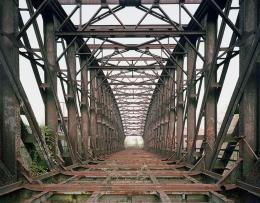 Boris Becker: S-Bahn Brücke, 2014. 180 x 220 cm, VG Bild-Kunst, Bonn