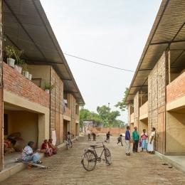 """BASEhabitat"" Sunderpur-Housing Öffentlicher Platz ©Kurt Hörbst"