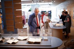 Bundespräsident Alexander Van der Bellen im Frauenmuseum Hittisau © Peter Lechner/HBF