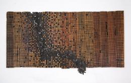 "El Anatsui, ""Old Cloth Series"", 1993 Holz, Tempera 80 x 153 cm Collection of Richard and Elizabeth Witten, USA © El Anatsui"