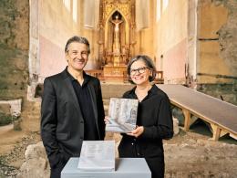 Die Herausgeber: Arno Egger und Karin Guldenschuh (Bild: zVg)