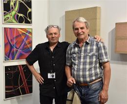 Galerist und Künstler Werner Marxx Bosch und Bildhauer Willi Kopf vor ihren eigenen Werken