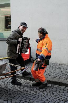 Nikolaus Walter: Straßenmusikant in Feldkirch (© Walter)
