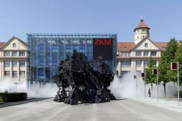 """Fujiko Nakaya, """"Cloud Walk @ZKM Negative Sculpture"""", 2019 © ZKM   Zentrum für Kunst und Medien, Foto: Felix Grünschloss"""