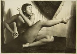 Anton Josef Trčka, Die Tänzerin Hilde Holger, Wien, 1926, Kontaktabzug, © Skrein Photo Collection