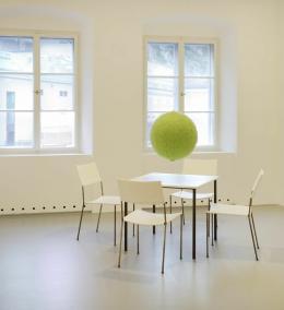 Marina Faust. Otto-Breicha-Preis für Fotokunst 2019. Ausstellungsansicht. Museum der Moderne Salzburg, 2020. © Museum der Moderne Salzburg, Foto: Rainer Igla