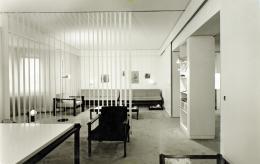 Wohnung und Studio Egon Rainer in der Egger-Lienz-Straße in Innsbruck, ausgestattet mit Möbeln aus dem Steckmöbelprogramm, um 1970 – © Engelmann