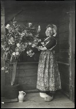 Unbekannte/r Fotograf/in, Sophie Taeuber-Arp, Trogen, 1906 © Aargauer Kunsthaus