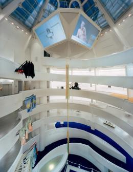Installation view: Matthew Barney: The Cremaster Cycle, February 21–June 11, 2003, Solomon R. Guggenheim Museum, New York. Photo: David Heald © Solomon R. Guggenheim Foundation