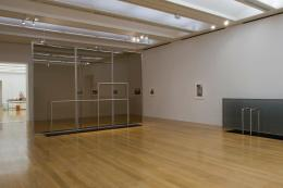 Goshka Macuga Haus der Frau 1, 2008 Glas, Stahl 340 x 480 x 100 cm Installationsansicht, Turner Prize 2008, Tate Britain Courtesy die Künstlerin und Andrew Kreps Gallery, New York