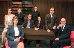 Die Cast wurde von Deutschlands bekanntesten Bühnen herunter und vor die Tv-Kamera geholt (Bild: Videostill)