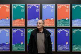Künstler Günter Brus in der Ausstellung,  Foto: Universalmuseum Joanneum/N. Lackner