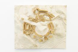 Maxime Bondu / Brent Martin, »The Rosen Association / elevation«, 2012-2019  Pinienharz   80 x 67 x 12 cm   Foto: Mischa Scherrer