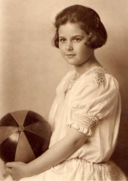 Hedwig Kiesler in Wien, um 1922 © Anthony Loder Archive, Foto: Grete Kolliner