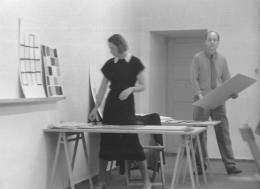 HfG-Grundlehre, Walther Peterhans mit , 1953 Foto: Eva-Maria Koch, Hans G. Conrad. HfG-Archiv / Museum Ulm