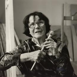 Franz Hubmann, Maria Lassnig (1919-2014), 1998, Silbergelatineabzug, Albertina, Wien – Schenkung Sammlung Helmut Klewan © Franz Hubmann | Imagno | picturedesk.com