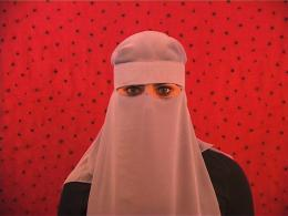 "Adidal Abou-Chamat, Still aus: ""Ver-wicklung"", 2010 2010 Video, sound, 09:00 min."