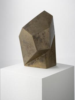 "Josef Pillhofer, ""Kopf Maria Lassnig"", 1958/59,  Bronze, 30 x 41 x 30 cm, Neue Galerie Graz, Foto: UMJ/N. Lackner, © Bildrecht Wien, 2021"